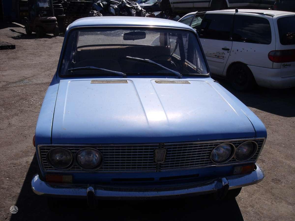 Lada 2103. Dalimis