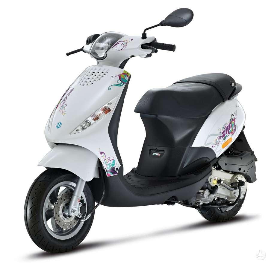 Piaggio Zip, motoroleriai / mopedai