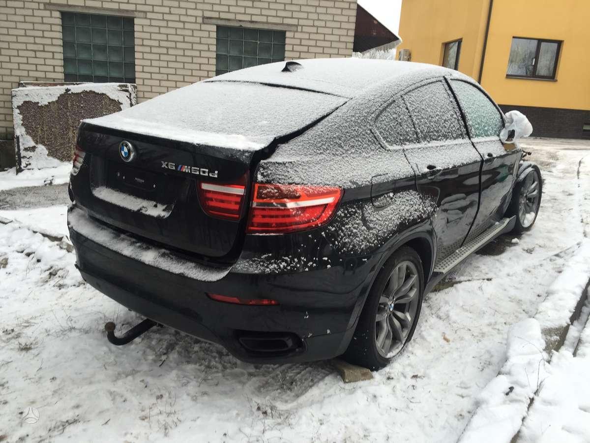 BMW X6. Dar nepradetas ardyti. galima pasitikrinti varikli. rida