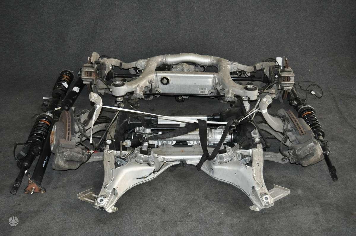 BMW 520. Važiuoklės komplektas bmw 520d, priekinė ir galinė važ