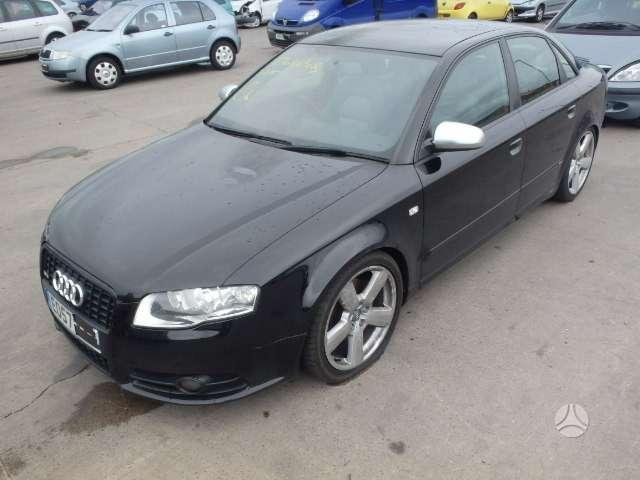 Audi A4. S-line, juodos lubos, variklio kodas brd