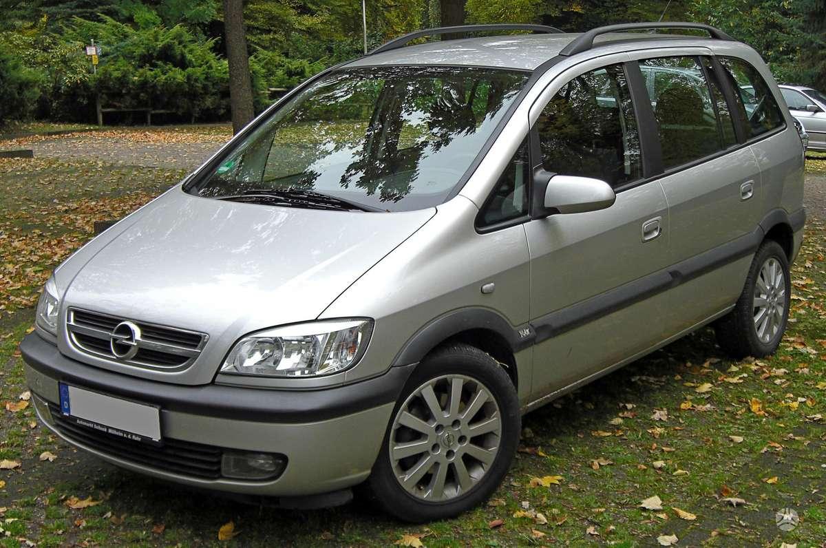 Opel Zafira dalimis. Masina is vokietijos..yra  autopilotas.