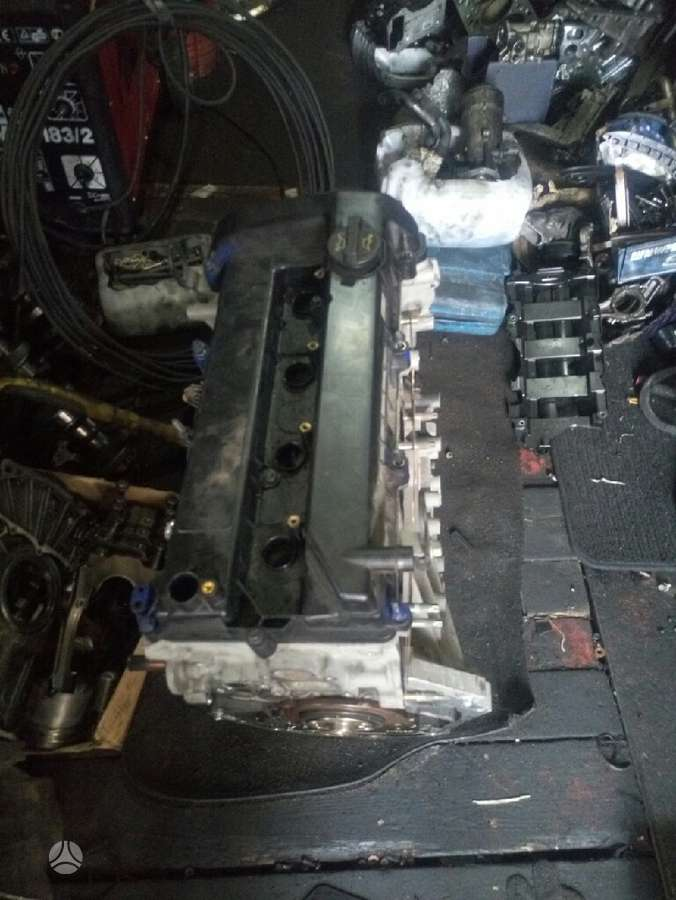 Ford C-MAX. Variklis dalimis.