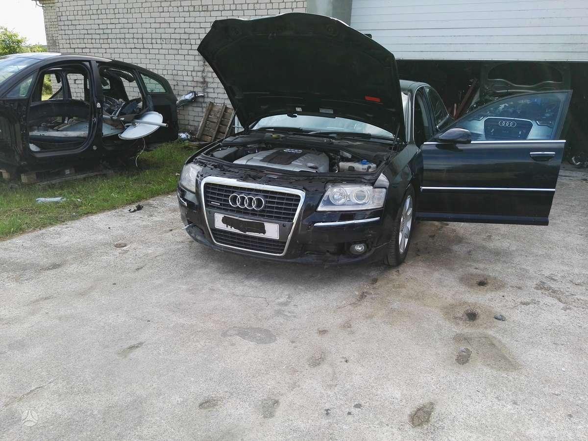 Audi A8 dalimis. Naujai ardomas puikios būklės automobilis, maža