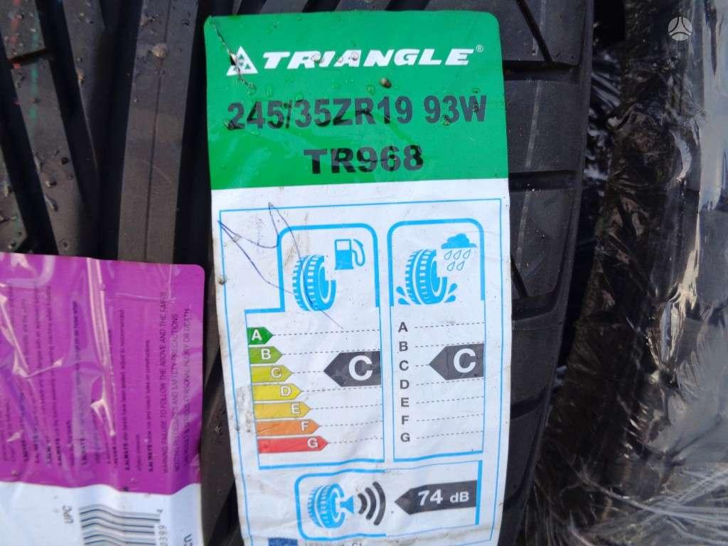Triangle TR968, vasarinės 245/35 R19
