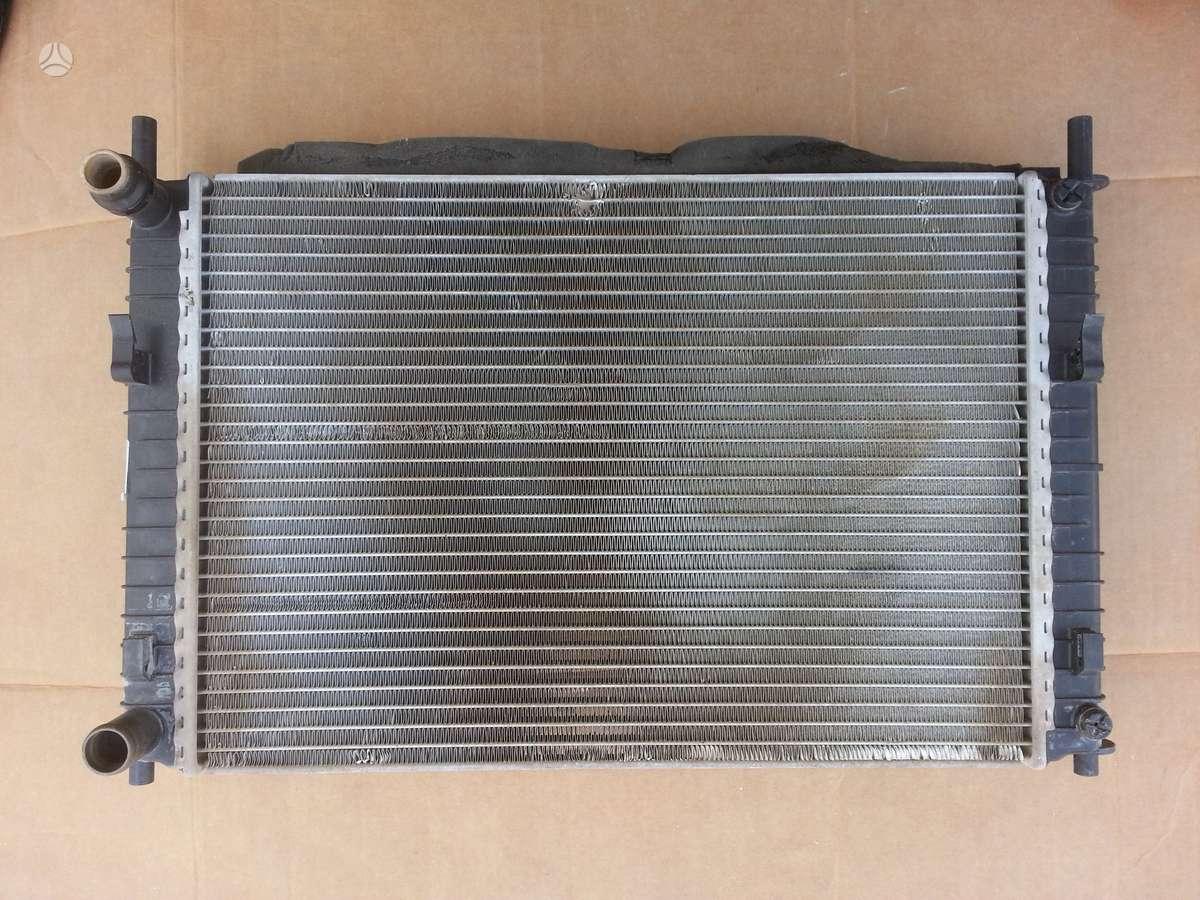 Ford Fiesta kondicionieriaus radiatorius, vandens radiatorius