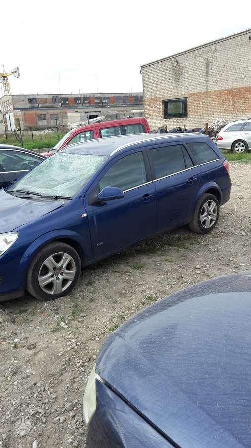 Opel Astra dalimis. Variklio kodas z17dtj. 6 pavaru deze.