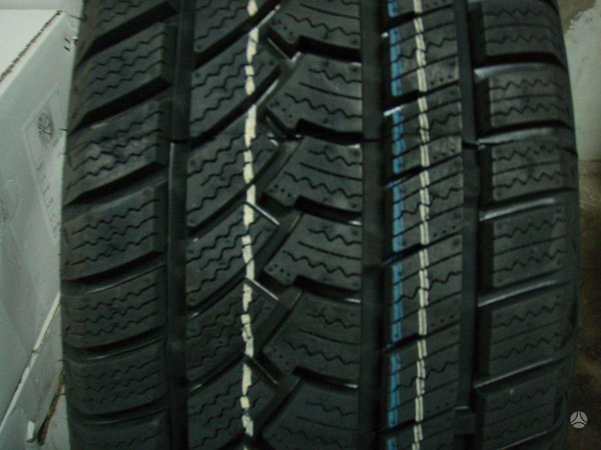 -Kita-, Žieminės 215/50 R17