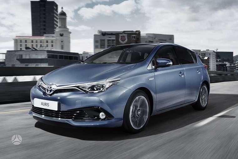 Toyota Auris. Naujų originalių automobilių detalių užsakymai