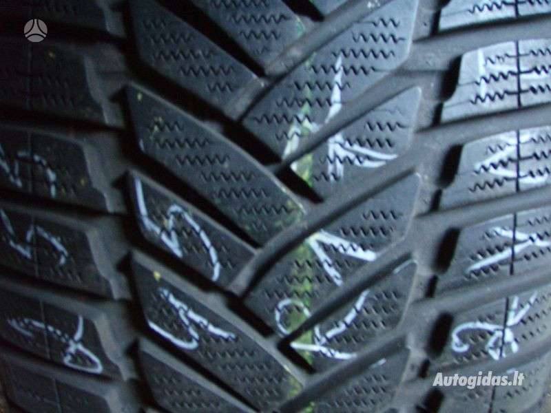 Pirelli, Žieminės 255/45 R17