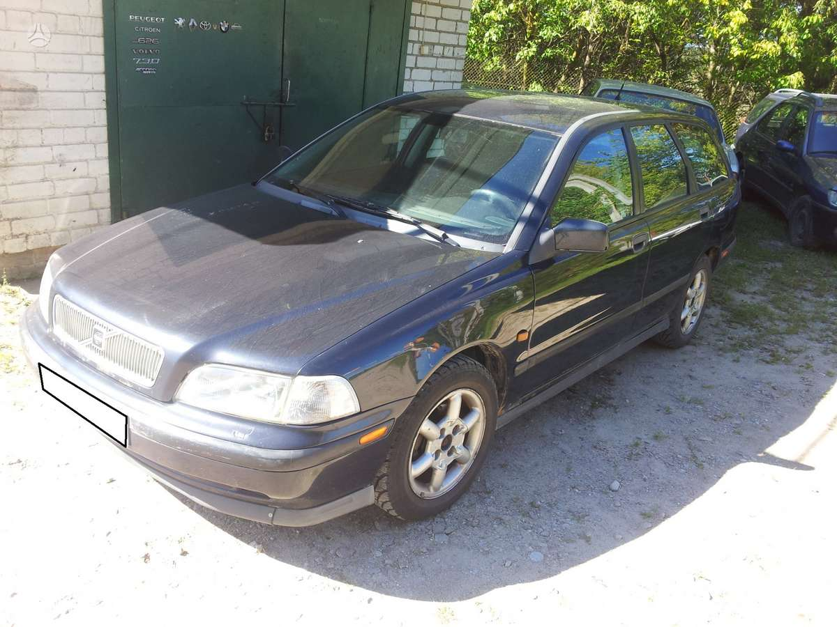 Volvo V40 dalimis. +37068777319 s.batoro g. 5, vilnius, 8:30-17: