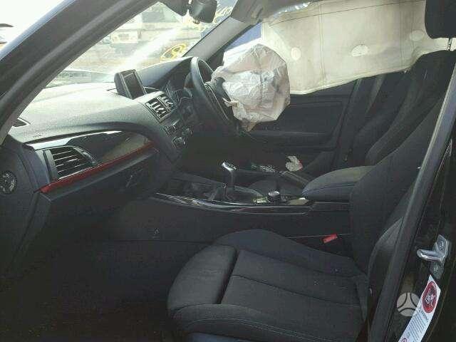BMW 1 serija dalimis