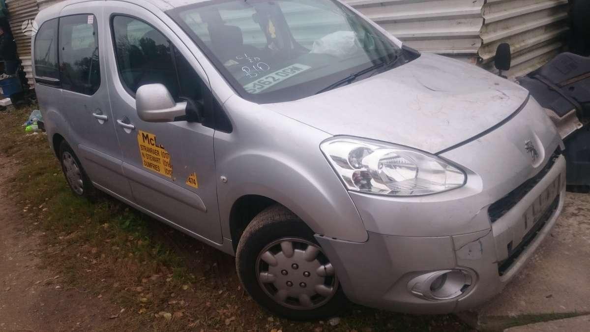 Peugeot Partner dalimis. E-hdi   start-sto yra ir mechanika