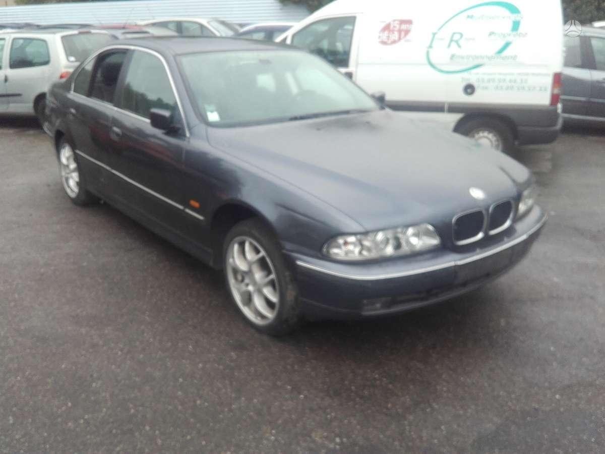 BMW 5 serija. 2.0i 2.5tds