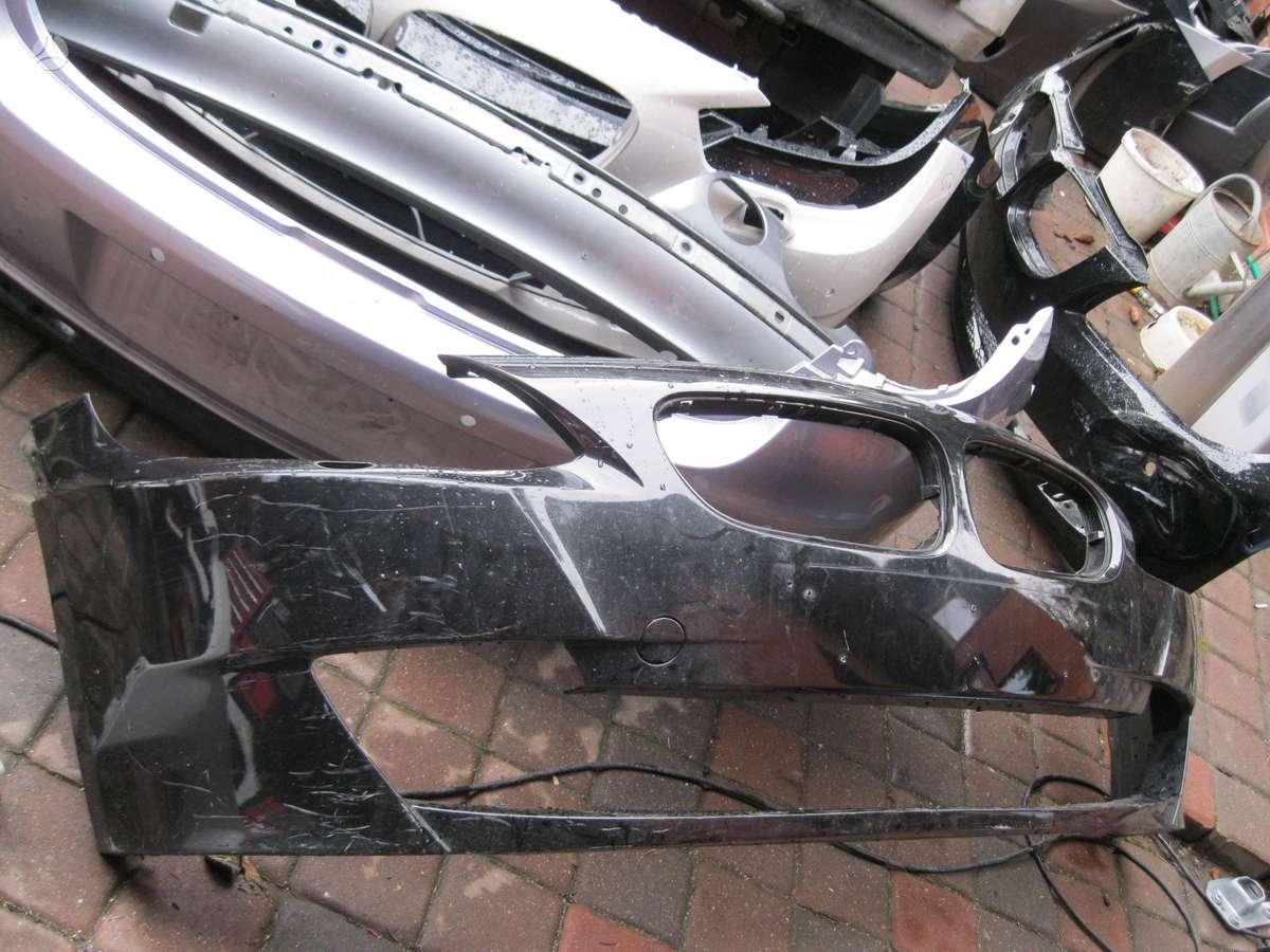 BMW Z4. Pr.   buferis,----     pr. zibintai ,  ---    salono