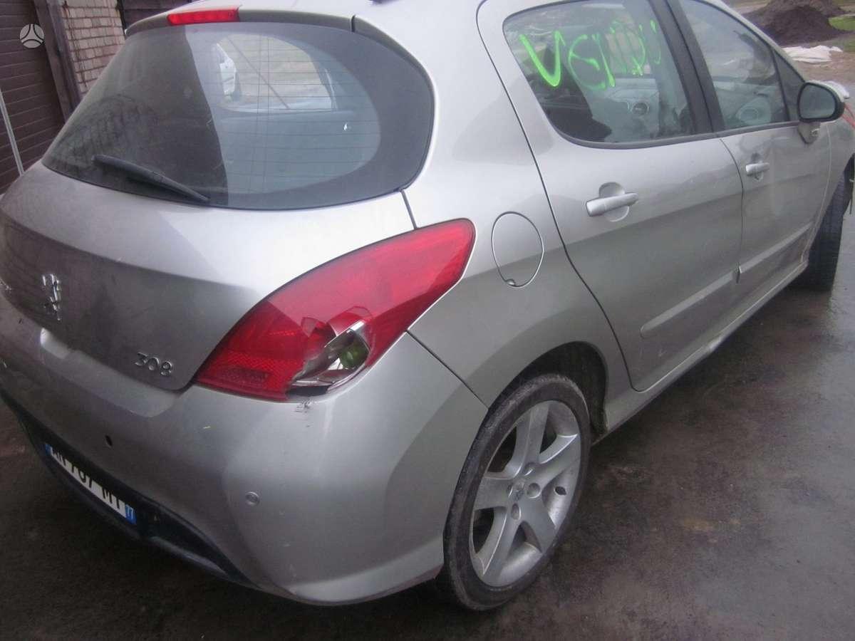 Peugeot 308. Yra daugiau ardomu auto ir varikliu galimas