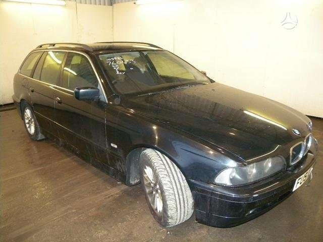 BMW 525 dalimis. Bmw 525 d 2002m.universalas, automatine pavarų