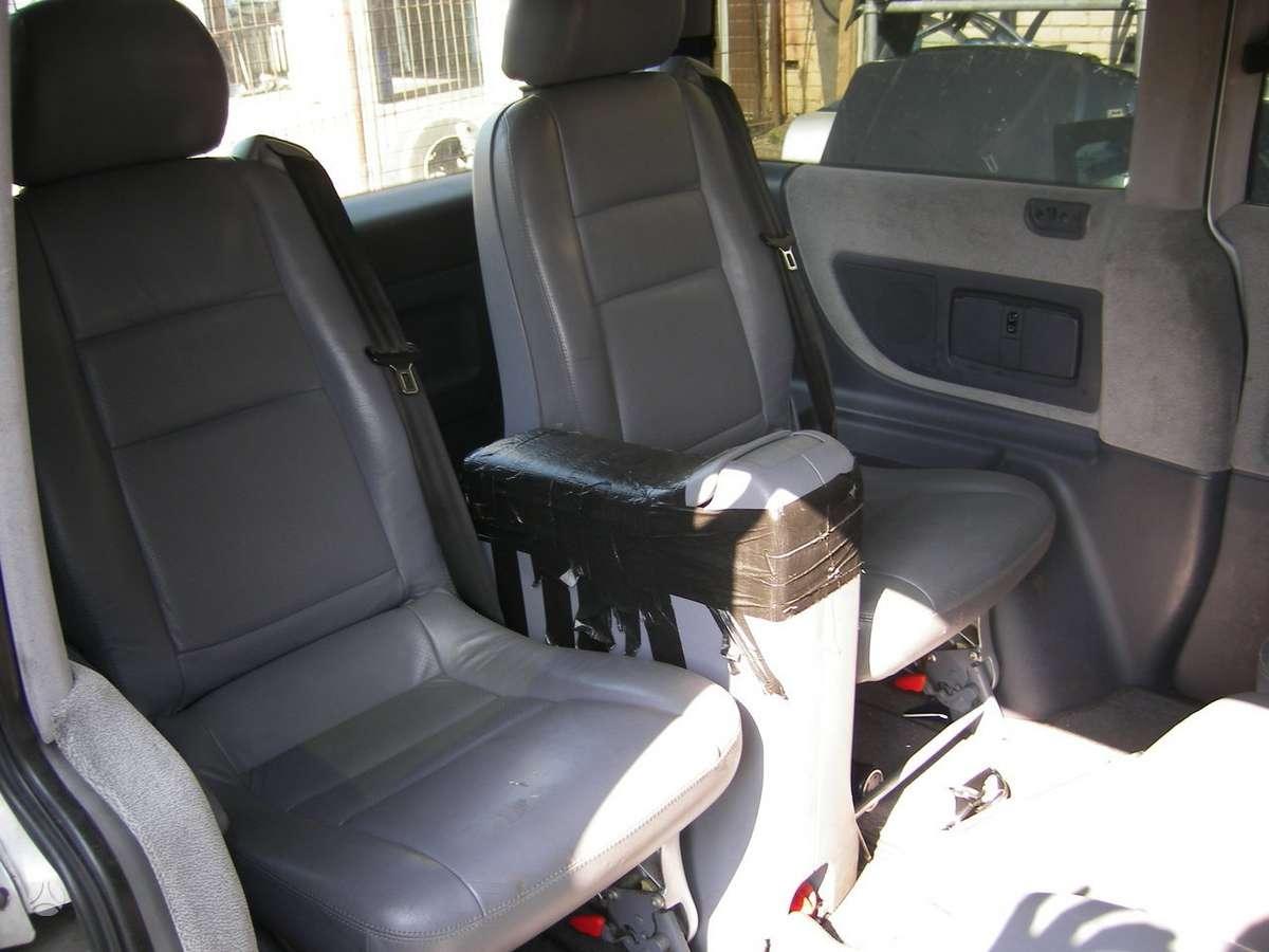 Mercedes-Benz V220, keleiviniai mikroautobusai