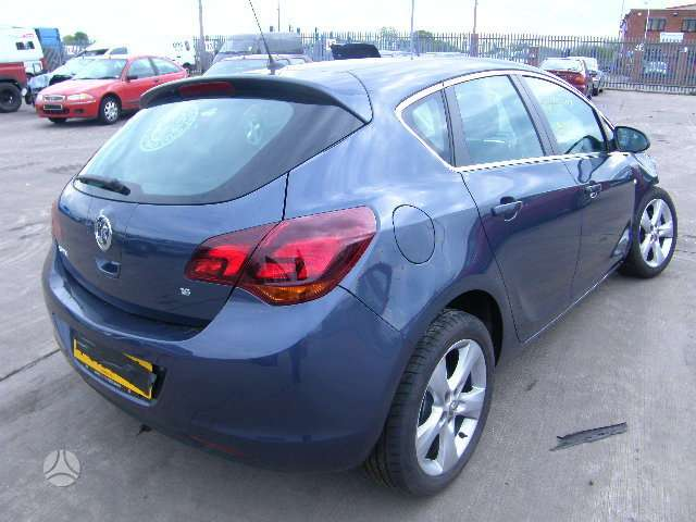 Opel Astra. доставка запчястеи в  мoскву доставка запчястеи в ли