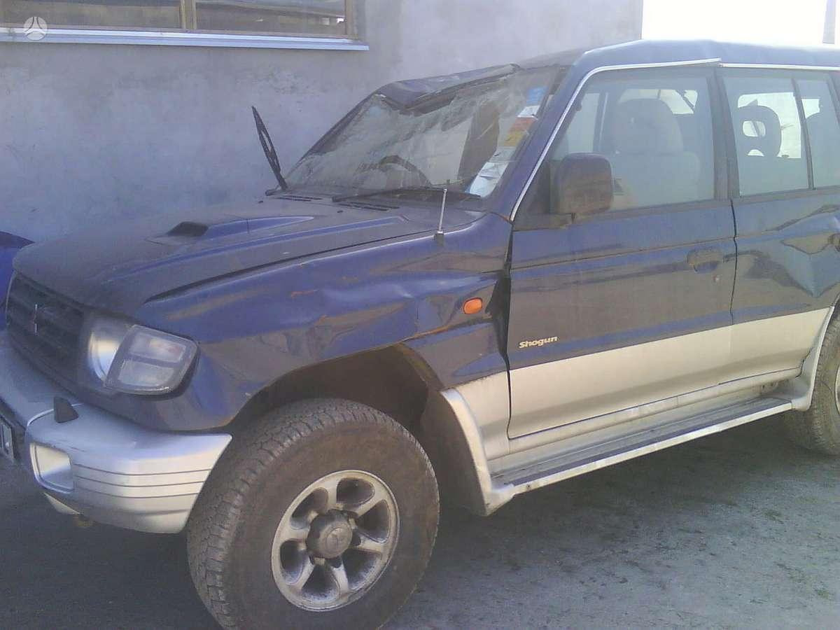 Mitsubishi Pajero. Japoniski ir korejietiski  automobiliai