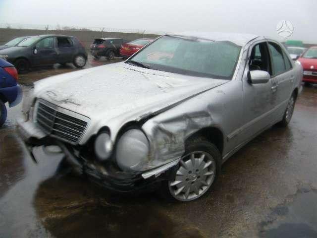 Mercedes-Benz E320. Mb 320e 3.2 cdi, lieti ratai, odinis salonas,