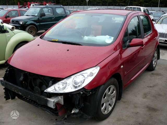Peugeot 307. Variklis  ir  pavaru  deze  parduoti. serviso