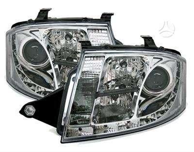 Audi TT dalimis. Priekiniai tuning žibintai su led diodine