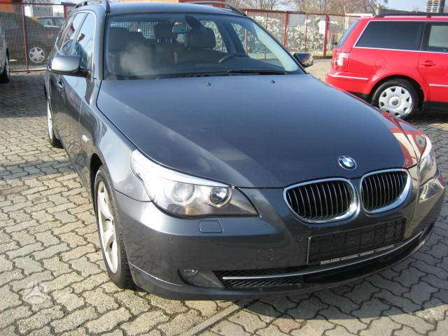 BMW 530. Bmw 530 2008 m .ksenoniniai dinamik drive žibintai,