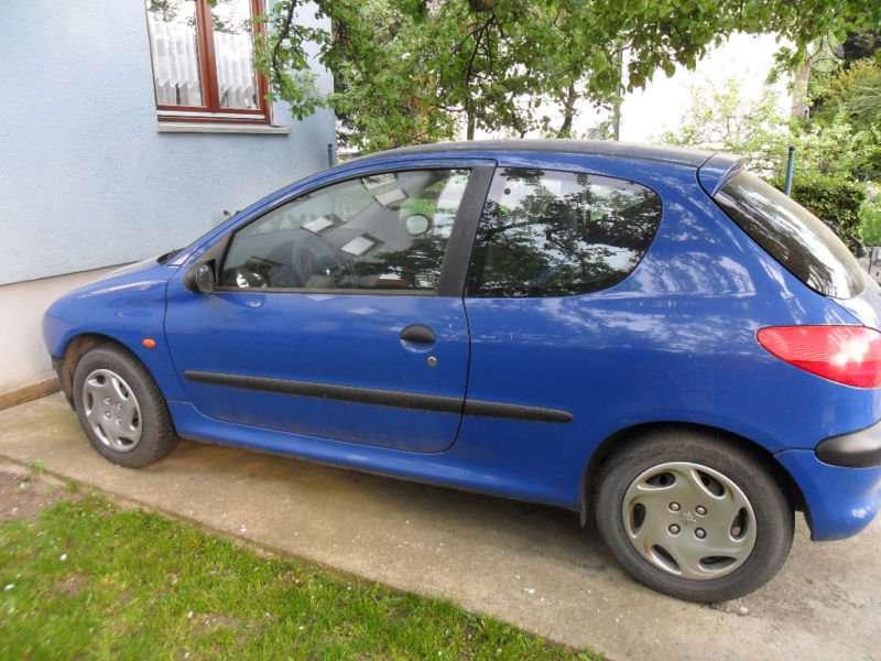 Peugeot 206 dalimis. Lietuvoje neeksploatuotas,turime ne viena(