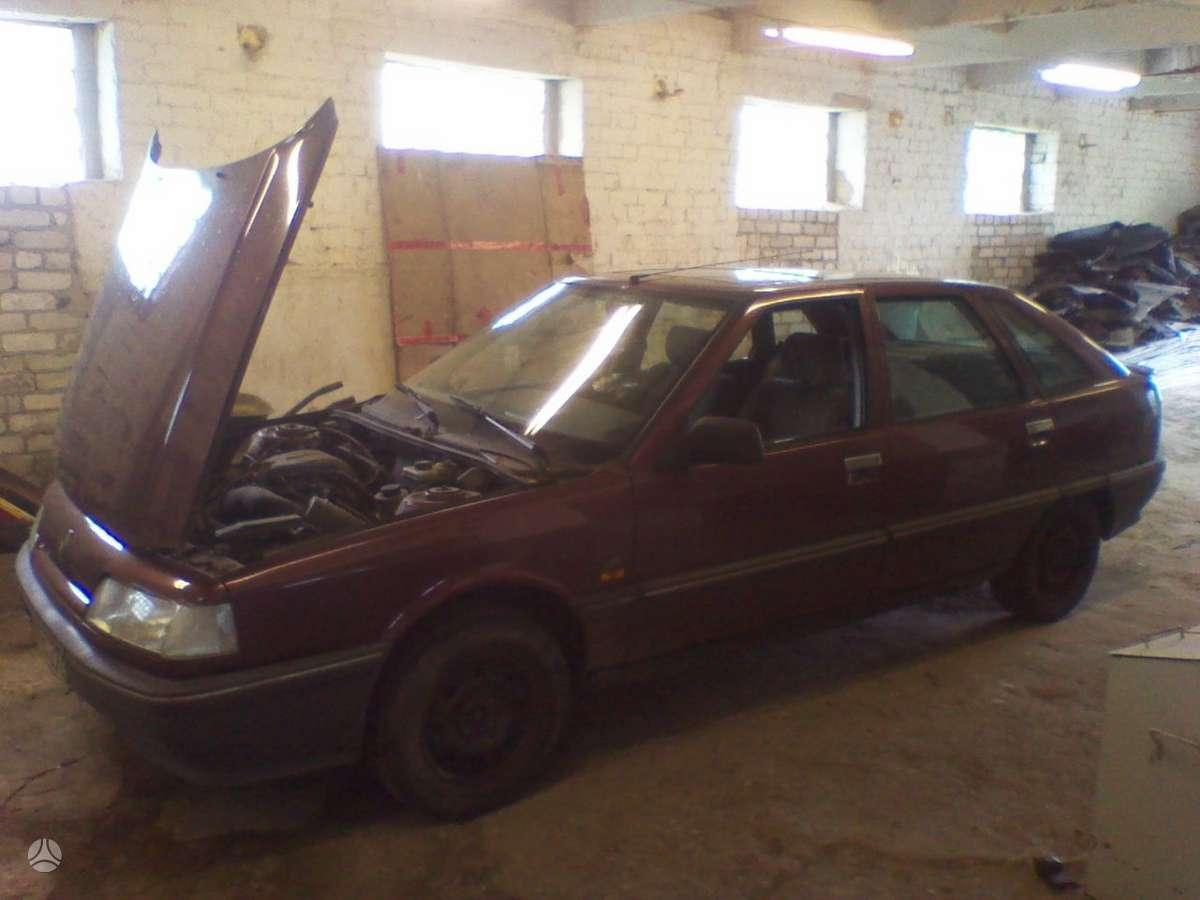 Renault 21 dalimis. Didelis pasirinkimas reno automobiliu