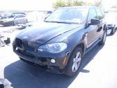 BMW X5. Automobilis parduodamas dalimis  yra visos detales