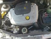 Renault Kangoo dalimis. Variklis 1.9 dyzelis, ne turbo. iš