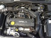 Opel Corsa dalimis. Gražūs vairai su multifunkcija ir be
