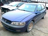 Opel Vectra. Nuotraukos atitinka automobilį, kurį ardome –