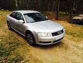 Audi A8 dalimis. Tvarkingas automobilis. yra bagažinės liftas...