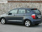 Honda FR-V. Naudotu ir nauju japonisku automobiliu ir