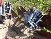 -Kita- 3 korpusu plugas, Žemės dirbimo / ruošimo technika