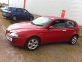 Alfa Romeo 147. Yra ir 1.9 jtd