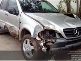 Mercedes-Benz ML klasė dalimis. Automobilis ardomas dalimis: ...