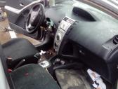 Toyota Yaris. automat-mechan, europa benzin-dyzel  4 ir 2 duru