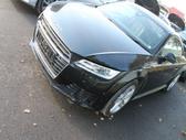 Audi TT. Platus naudotų detalių pasirinkimas, asortimentas