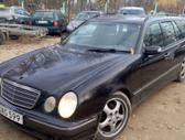 Mercedes-Benz E320 dalimis. Galimas detalių siuntimas i kitus