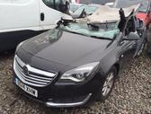 Opel Insignia. Dalimis