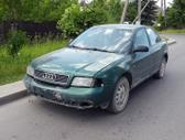 Audi A4 dalimis. Turime ir daugiau įvairių markių automobilių