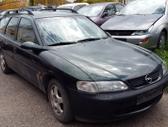 Opel Vectra dalimis. Turime ir daugiau įvairių markių automobi...