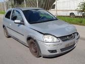 Opel Corsa dalimis. Turime ir daugiau įvairių markių automobil...