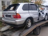 BMW X5. Dalis siunciu i visus miestus....detali vysylaju