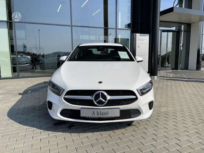 Mercedes-Benz A200, 2.0 l., sedans