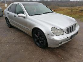 Mercedes-benz C klasė dalimis. Dalis