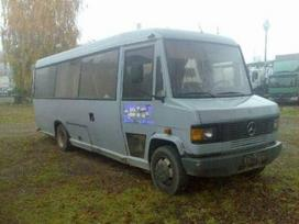 Mercedes-Benz 711, buses